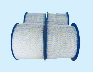 木盘装牵引绳